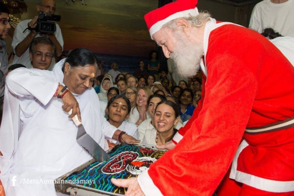 Amma at Christmas Time